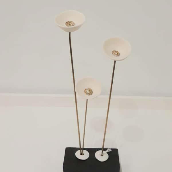 Χειροποίητες Επιτραπέζιες Παπαρούνες από Ορείχαλκο και Πορσελάνη Λευκές 30x12x6cm