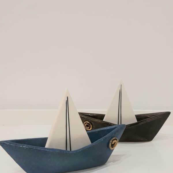 Χειροποίητη Επιτραπέζια Τρισδιάστατη Βάρκα από Πορσελάνη Καφέ 17x12x7cm