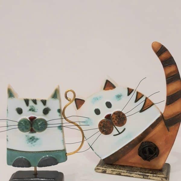 Χειροποίητη Επιτραπέζια Γάτα από Ορείχαλκο και Πορσελάνη Καφέ 21x18x5cm