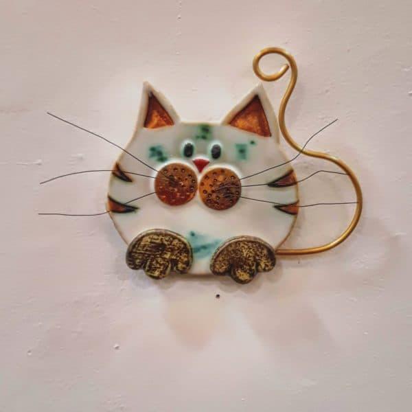 Χειροποίητη Επιτοίχια Γάτα από Ορείχαλκο και Πορσελάνη Καφέ 15x1x15cm
