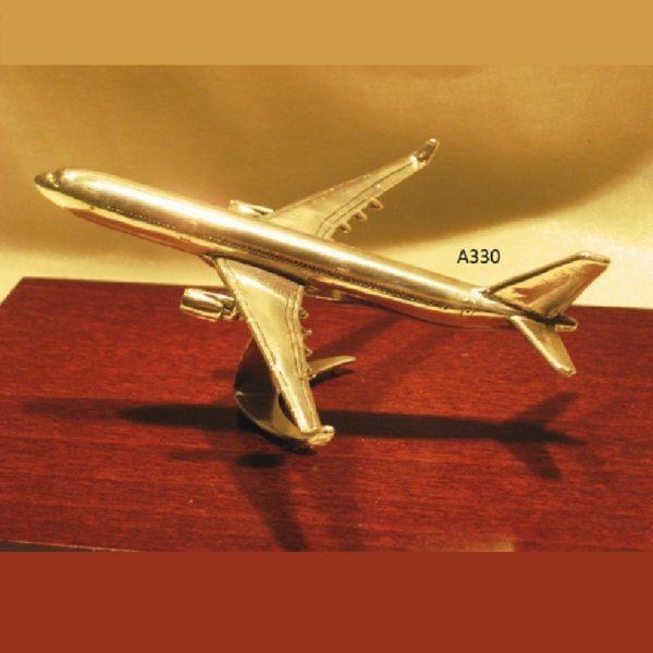 Ασημένια Μινιατούρα Αεροπλάνο AIRBUS A330 19x15x10cm