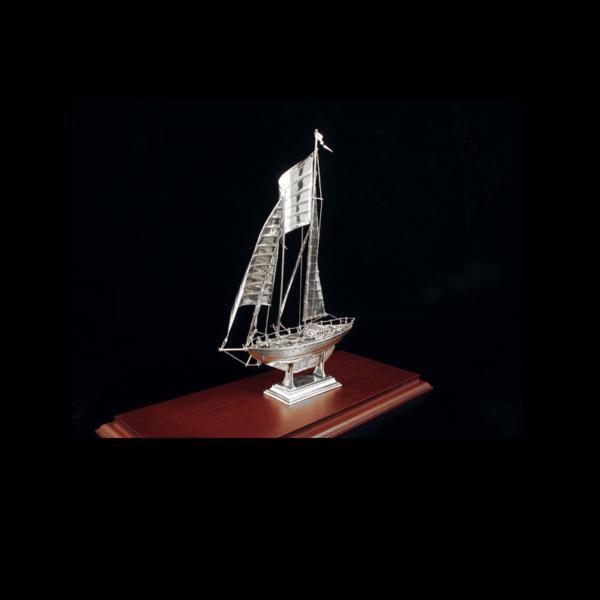 Ασημένια Μινιατούρα Ιστιοπλοϊκό 33x14x24 cm